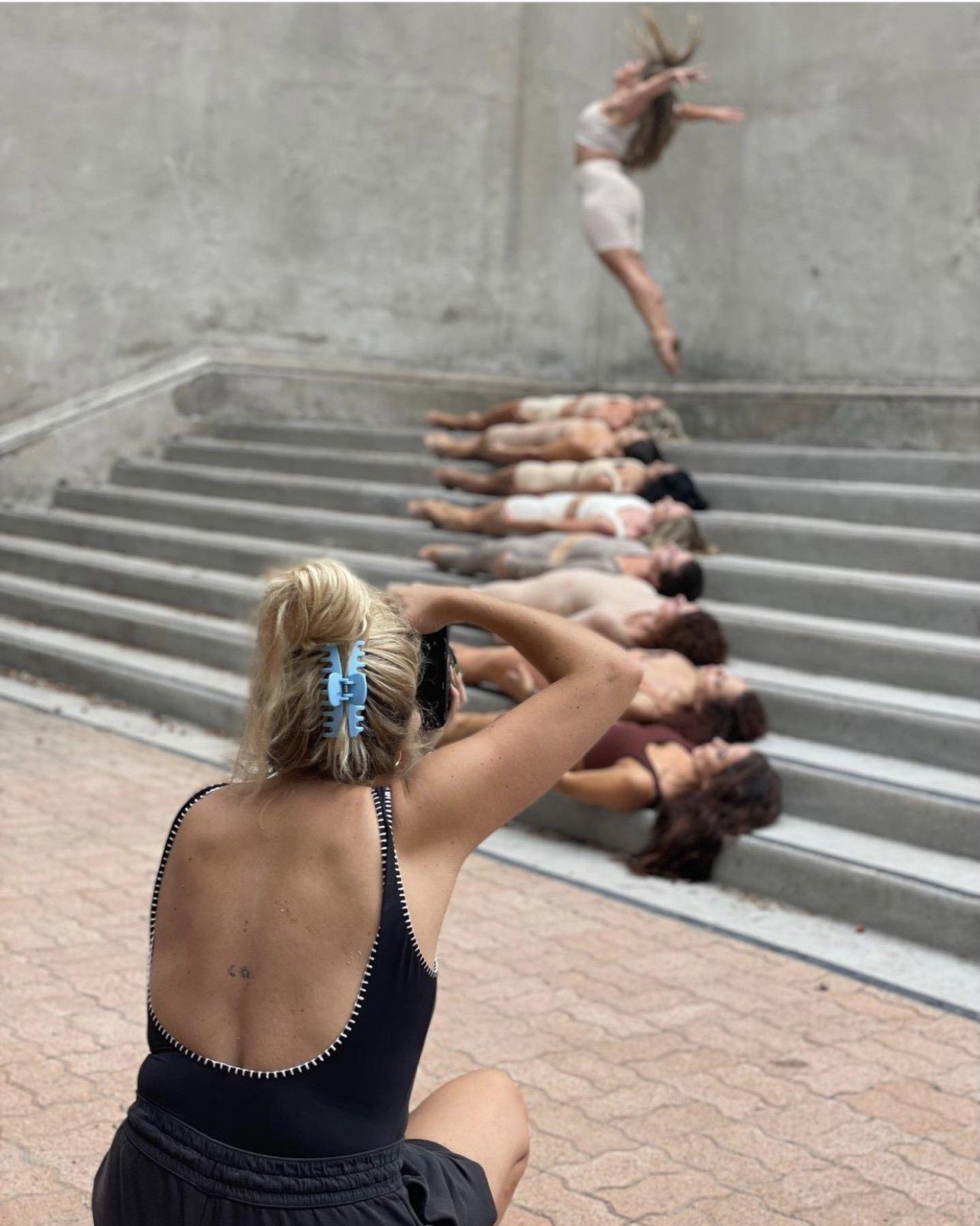 2xt dance company dancers